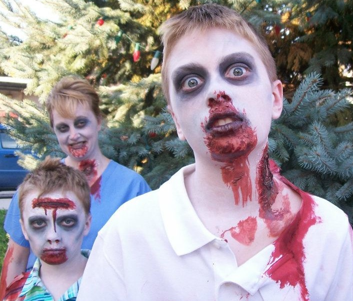 For Romeo Zombies It S Time For Some Fun With Slide Show Ou News Bureau